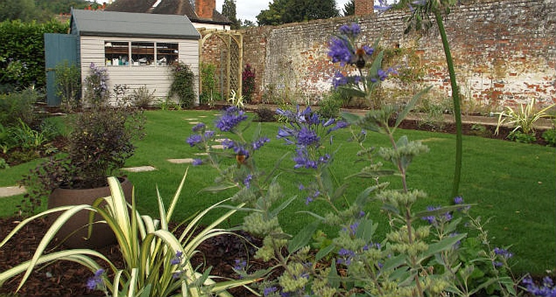 Terraced House Garden Ideas a town garden with an excellent range of cover for attracting birds Ideas For Your Terraced House Garden 2